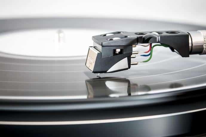 11 Best Speakers for Vinyl (Turntables) in 2019 - Next Level